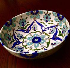 Blue Pottery, Pottery Bowls, Ceramic Pottery, Pottery Art, Turkish Decor, Turkish Tiles, Pottery Painting, Ceramic Painting, Ceramic Clay