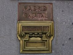 How To Write Letters or Email in Spanish: Mailbox in Madrid.