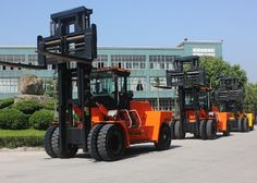 CPCD250 25t forklift  CPCD250 25t forklift/ 25 ton forklift/ forklift  Specifications  chinacoal10  Engine: 6CTA8.3-C240 Engine, low oil consumption, high quality turbocharged engine, good power performance, big torque reserves, has strong power, energy conservation and environmental protection Steering axle: adopt transverse oil cylinder type steering bridge, full-hydraulic steering, flexible and light, reliable Transmission & torque convert:imported technology, reliable performance…