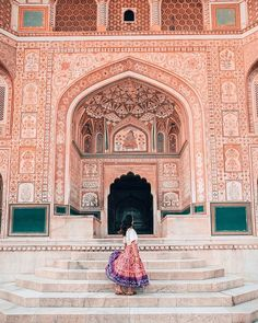 Let's explore Incredible India with India is filled with colours and stunning architecture, are you inspired to visit? Ancient Greek Architecture, Indian Architecture, Mosque Architecture, Beautiful Architecture, Jaipur Travel, India Travel, Amer Fort, Indian Aesthetic, Temple City