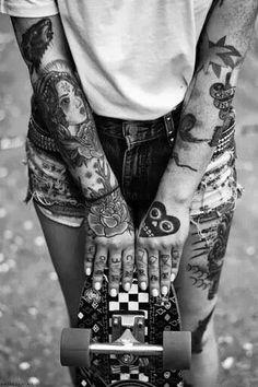 Tattos and skate