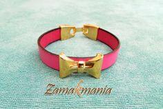 #Pulsera de cuero plano rosa con lazo de #zamak. / #Leather #bracelet with #zamak.