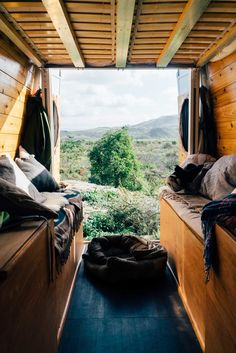 After just four months of dating, Juliana and her boyfriend Richmond  decided to build out a Sprinter Van together and travel the American West.  They documented the process on their blog, Home Sweet Van, and quickly grew  a rabid following on social media.