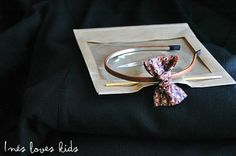 Diadema Noelia de Inesloveskids.com Brooch, Blog, Jewelry, Fashion, Head Bands, Moda, Jewlery, Jewerly, Fashion Styles