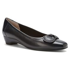 Stride in the great fit and cushioning comfort of Mark Lemp Classics Women's Bean Pumps This demi wedge dress pump will take you to any special occasion in style and comfort. Wedge Dress Shoes, Women's Shoes, Ros Hommerson, Trendy Shoes, Cute Woman, Loafers, Pumps, Flats, Stylish