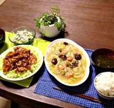 海鮮塩あんかけは、そのまま食べてもご飯に乗せて食べても美味しいよん。(^o^) - 26件のもぐもぐ - 海鮮塩あんかけ、豚の香味醤油焼、ポテトサラダ、ワカメスープ、ご飯 by pentarou