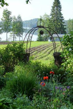 luonnonmukainen puutarha - Google-haku