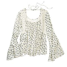Stitch Fix Summer Styles: Bell Sleeve Top