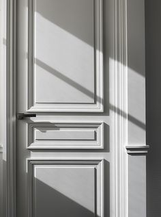 The beauty of a classical door - Paris Apartment -  By Guillaume Alan .