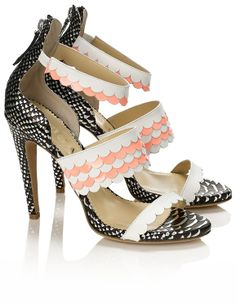 Shop now: Aperlai Multi Leather Scalloped Heels