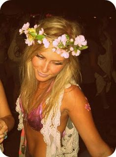 I want this to be my halloween costume...flower power!