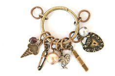 good mamma mojo pendant (horsefeathers) $34.50