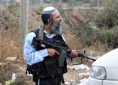 Israeli settler shoots dead Palestinian in Hebron, two others killed in attempted stabbings | Middle East Eye