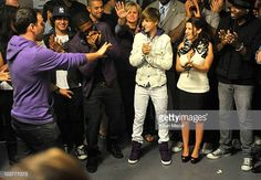 30 Meilleures Justin Bieber My World Tour Madison Square Garden Backstage Photos et images - Getty Images Justin Bieber My World, Justin Bieber Tour, Madison Square Garden, Stock Pictures, Stock Photos, Bbc Broadcast, Garden Photos, My Forever, Debut Album