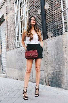 Dulceida lleva casi una década al frente de su blog. Sus looks han variado a lo largo de los años pero su estilo bohemio permanece.