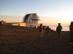 Mauna Kea Observatory http://travelblog.viator.com/adventure-education-hawaii-big-island/?aid=pin1#
