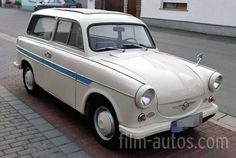 Trabant 600 Camping Bild You are in the right place about cars for girls Here we offer you the most beautiful pictures about the cars aesthetic you ar Camping Photo, Camping Car, Classic European Cars, Classic Cars, East German Car, Custom Vespa, Cars Vintage, Automobile, Beast From The East