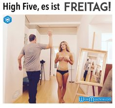 Endlich Freitag - Funny High Five mit einer Blondine