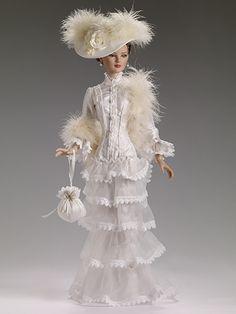 "Victorian Romance | Tonner Doll Company - 22"" American Models™"