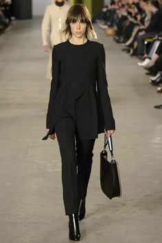 Boss Fall 2016 Ready-to-Wear Fashion Show - Edie Campbell