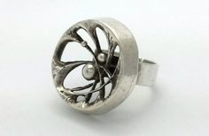Karl Laine for Sten & Laine (FI), modernist sterling silver ring, 1976. #Finland | finlandjewelry.com