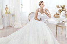 Se o seu casamento está marcado para 2014, com certeza já deve estar de olho e curiosa para conferir os pré-lançamento dos vestidos de noiva 2014.  Os pré-lançamentos das principais marcas já começaram e o Zankyou te mostrará tudo em primeira mão.