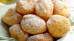 Mini Donuts, Sweet Recipes, Snack Recipes, Cooking Recipes, Cake Light, Crepes And Waffles, Pancakes, Eat Smarter, Pretzel Bites