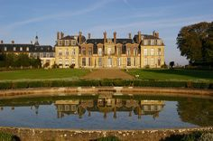 If you're planning a trip to Paris in France then you are definitely not going to want to miss out on the castles and palaces that this city has to offer. Visiting the castles, or châteaux, as they are called in France, will make you feel like...