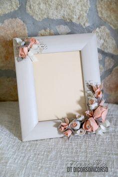 1 million+ Stunning Free Images to Use Anywhere Flower Picture Frames, Flower Frame, Flower Art, Diy Flowers, Paper Flowers, Clay Crafts, Paper Crafts, Large Flower Arrangements, Picture Frame Crafts