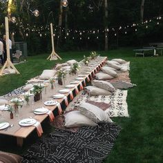 The R29 Beach House Takes Over Montauk #refinery29 http://www.refinery29.com/r29-beach-house-annie-georgia-greenberg#slide-12 The beautiful table setting and scene at Athena Calderone's dinner.