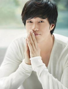 The always fantastic So Ji Sub --- this is where he really became a star. Kdrama Review -- read about him!