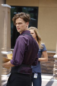 Dr. Reed from Criminal Minds has the purple shirt of sex from Sherlock!!! Add Matthew Gray-Gubler to the Brotherhood of the Traveling Purple Shirt of Sex.