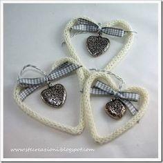 inserire il filo di ferro dentro al tricotin