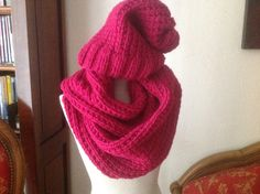 image Slouchy Beanie, Boot Cuffs, Travel Design, Couture, Beret, Turban, Hats For Women, Knitted Hats, Winter Hats