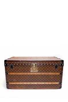 Vintage Louis Vuitton Monogram Print Trunk   See more about louis vuitton monogram, trunks and louis vuitton.
