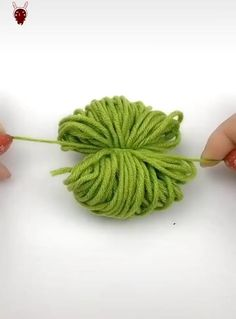 Cool Paper Crafts, Paper Flowers Craft, Paper Crafts Origami, Flower Crafts, Diy Flowers, Fabric Flowers, Fun Crafts, Easy Arts And Crafts, Fabric Crafts