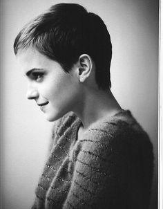 Emma Watson.. is just so stinkin' cute.
