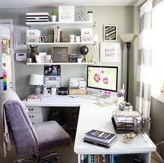 20 Home Office Ideas (Modern Style and Comfortable Functioning from house has come to be more than a fad. Right here are our favored 20 home office concepts that allow you function from house in style. Home Office Space, Home Office Design, Home Office Decor, Office Furniture, Office Desk, Office Designs, Feminine Office Decor, Men Office, Office Paint
