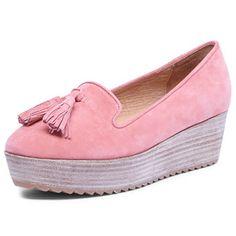 Pink moccasin flatform shoe