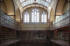 These Amsterdam Attractions are Worth the Wait // This museum is not only the most-visited museum in the capital city but also in all of the country. Two and a half million people visited the museum in 2014 alone. Although the Rijksmuseum is huge, it is still a good idea to plan ahead in order to avoid the crowds.