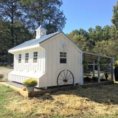 Cluckingham Palace - Chicken Coop with feed room, metal roof, cupola, and - Bauernhof - Chicken Recipes Chicken Coup, Best Chicken Coop, Backyard Chicken Coops, Building A Chicken Coop, Chicken Runs, Backyard Farming, Chickens Backyard, Chicken Coop With Run, Large Chicken Coop Plans