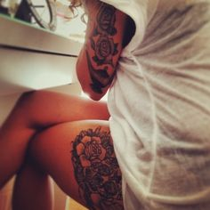 I simply love Sammi & the roses on her arm. I want to do the same but with the roses much bigger.