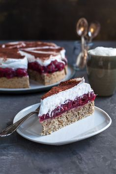 most delicious hazelnut cherry cake- leckerster Haselnuss Kirschkuchen Hazelnut cherry tart - Baking Recipes, Cake Recipes, Snack Recipes, Food Cakes, Fruit Cakes, Torte Au Chocolat, Cherry Cake, Easy Smoothie Recipes, Pumpkin Spice Cupcakes