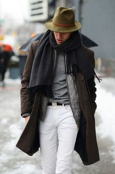 White jeans and layers Photo by Tommy Ton Fuente billy-george Men Looks 159bd489214d