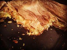 Onion Pie, Spanakopita, Ethnic Recipes, Desserts, Food, Tailgate Desserts, Deserts, Essen, Postres