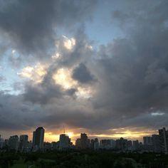 #おつかれ #sundayfunday #clouds #Hawaii #waikiki #honolulu #sunsets #igers #photo #igphotography