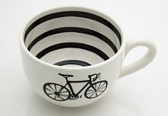Spot of warm coffee in this after cool autumn morning spins! nom nom!