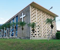 聖クララ教会 (与那原カトリック教会) | casabrutus.com