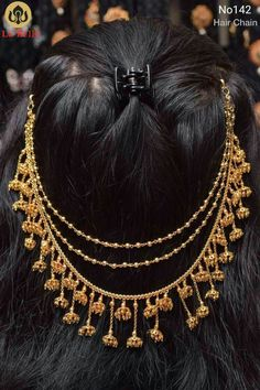 this could be a choker too Indian Wedding Jewelry, Bridal Jewelry, Bridal Hairdo, Bridal Bun, Hair Chains, Indian Bridal Hairstyles, Head Jewelry, Gold Jewellery Design, India Jewelry