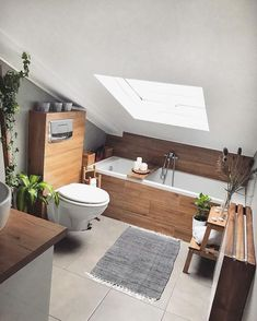 Bad Julien Battaglio The post Bad Julien Battaglio appeared first on Badezimmer ideen. House Bathroom, Interior, Interior Inspiration, Home, House Interior, Loft Bathroom, Modern Interior, Bathroom Design, Loft Interior Design